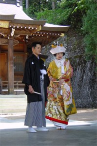 Shinto_married_couple